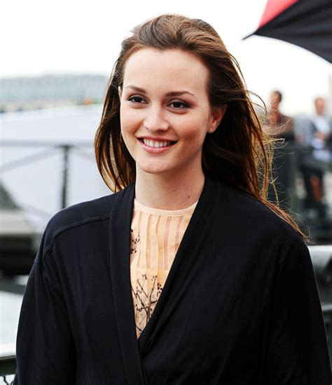 Pics: 'Gossip Girl' Begins Filming With Blair and Serena